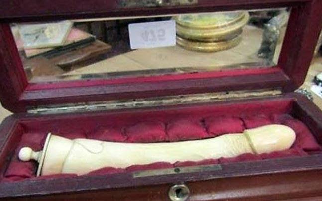 নিলামে হাতীর দাতের ১৮০ বছর পুরনো সেক্স টয়