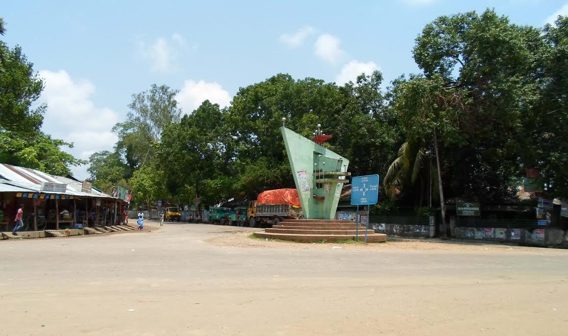 জালিয়াপাড়া-মহালছড়ি সড়কে