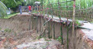 পাহাড়ী ঢলে দুই গ্রামের বিশাল এলাকায় ভাঙ্গন