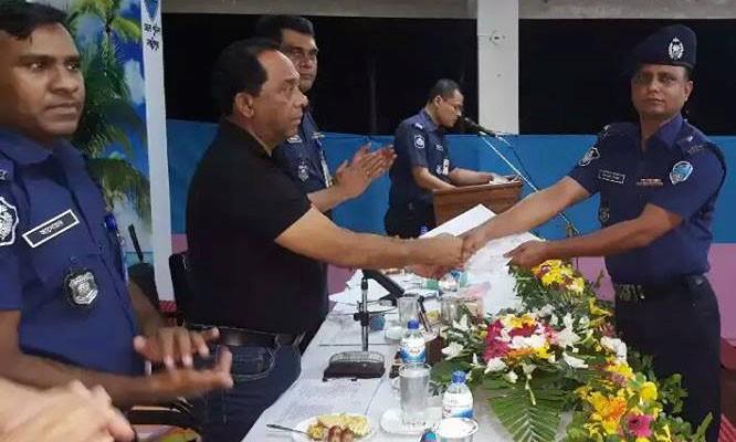 তোতা মিয়া লক্ষ্মীপুর জেলার শ্রেষ্ঠ ওসি