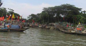 লক্ষ্মীপুরে মেঘনা নদীতে নৌকা ডুবিতে এক জেলে নিহত