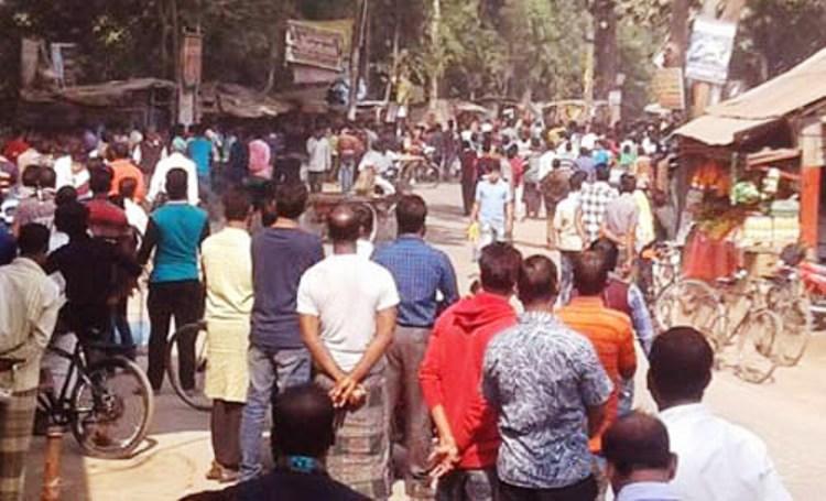 কলারোয়ায় আওয়ামীলীগের দু'গ্রুপের সংঘর্ষ: ৫ পুলিশসহ আহত ২২