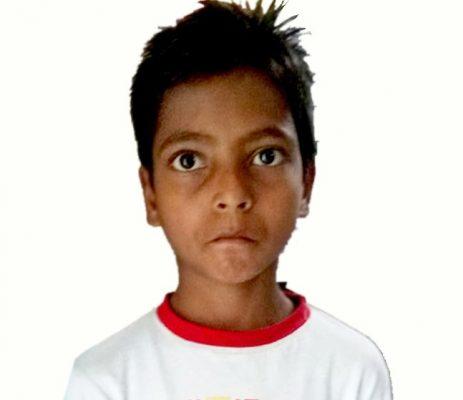লক্ষ্মীপুরের স্কুল ছাত্র আল আমিন ক্যান্সার থেকে বাঁচতে চায়