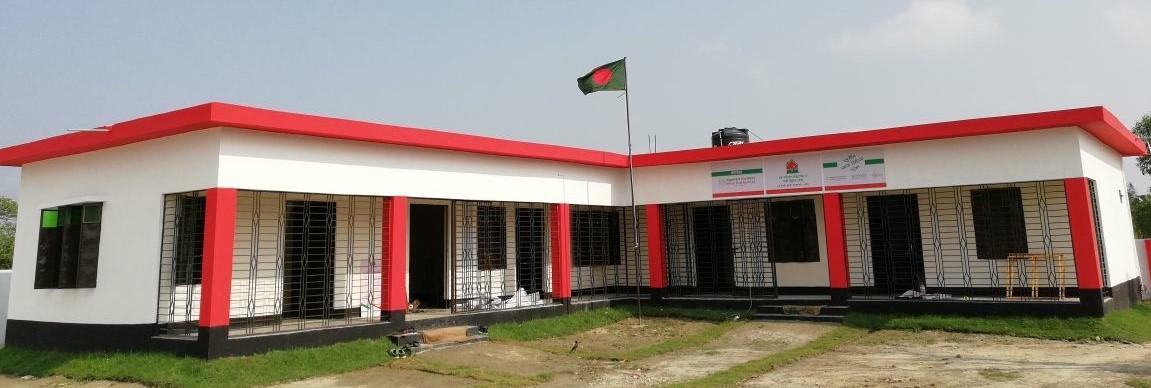 চরপাতিলায় স্বাস্থ্যসেবা ও নারী উন্নয়ন কেন্দ্র উদ্ধোধন করলেন প্রতিমন্ত্রী চুমকি