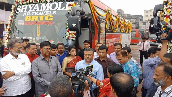 ঢাকা-কাঠমান্ডু রুটে পরীক্ষামূলক বাস চলাচল শুরু