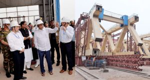 পদ্মা সেতুর নির্মাণকাজ পরিদর্শন করলেন রাষ্ট্রপতি