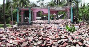 পদ্মা সেতু রেলসংযোগ প্রকল্পের কাজ শুরু হচ্ছে: স্থাপনা সরিয়ে নিচ্ছে ক্ষতিগ্রস্তরা