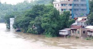 টানাবর্ষণে বান্দরবান-রাংগামাটি সড়ক বন্ধ: সেতু নিমজ্জিত