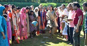 নিউ ইয়র্কের হাডসনে বাংলাদেশিদের জমজমাট বনভোজন