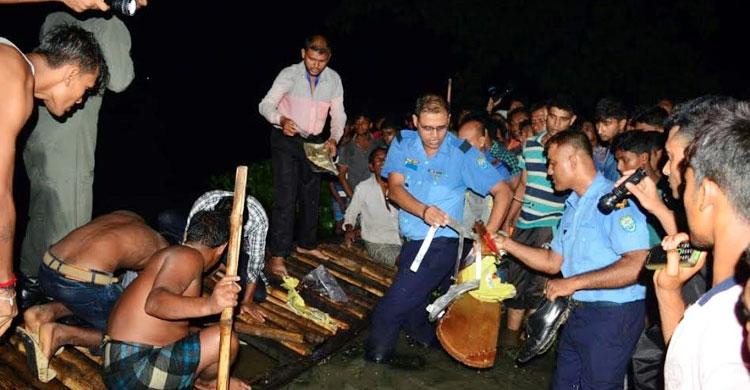 যশোরে প্রশিক্ষণ বিমান বিধ্বস্ত: দুই পাইলট নিহত