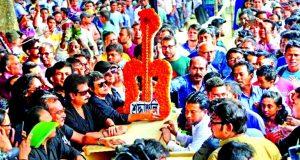 ভক্তরা কেঁদে বুক ভাসালেন: আইয়ুব বাচ্চুর দাফন আজ