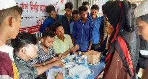 কমলনগরে শিক্ষার্থীদের ফ্রি রক্তের গ্রুপ নির্ণয় করলো শাহাব উদ্দিন মাস্টার বাজার ছাত্র ঐক্য সংঘ
